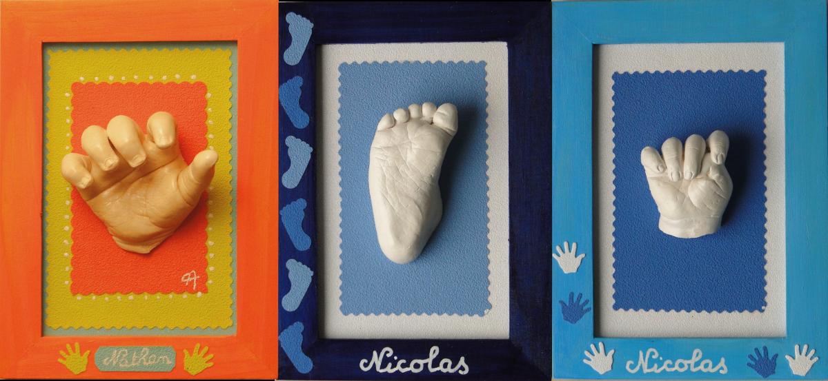 Cadre pied et main patine blanche et ivoire